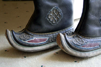 Picture of another set of Mongolian Boots bought at flea market